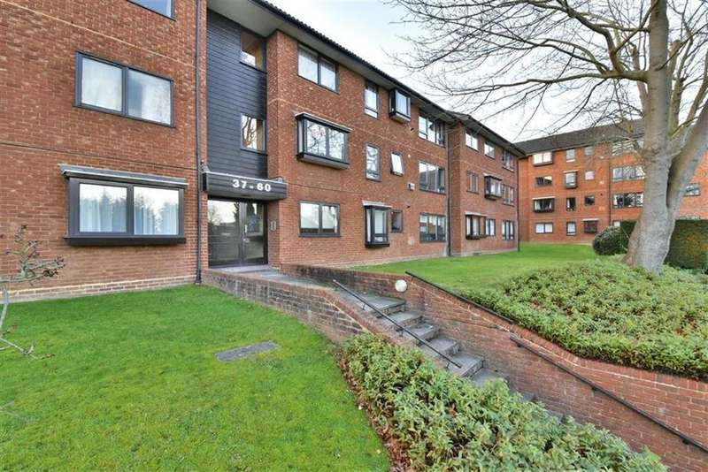 2 Bedrooms Flat for sale in Whitehaven Close, Bromley, Kent