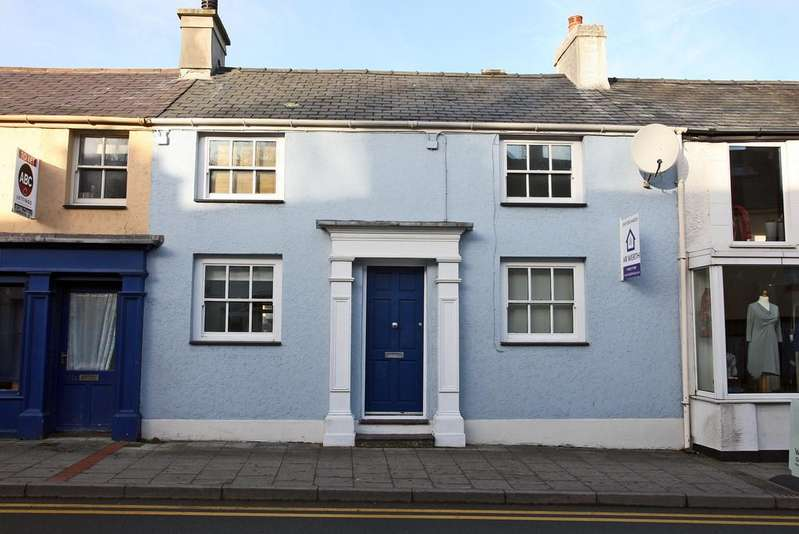 3 Bedrooms Terraced House for sale in High Street, Menai Bridge, North Wales