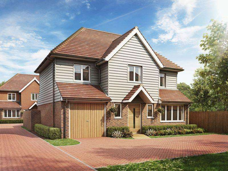 4 Bedrooms Detached House for sale in Eaton place,Hempstead Road, Uckfield