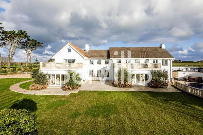 8 Bedrooms Detached House for sale in Le Canibut, St John, JE3