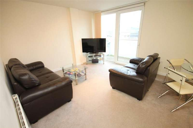 2 Bedrooms Flat for sale in Spectrum, Blackfriars Road, Salford, Greater Manchester, M3