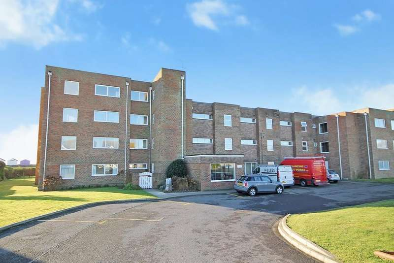 2 Bedrooms Apartment Flat for sale in Kings Court, Brighton Road, Lancing