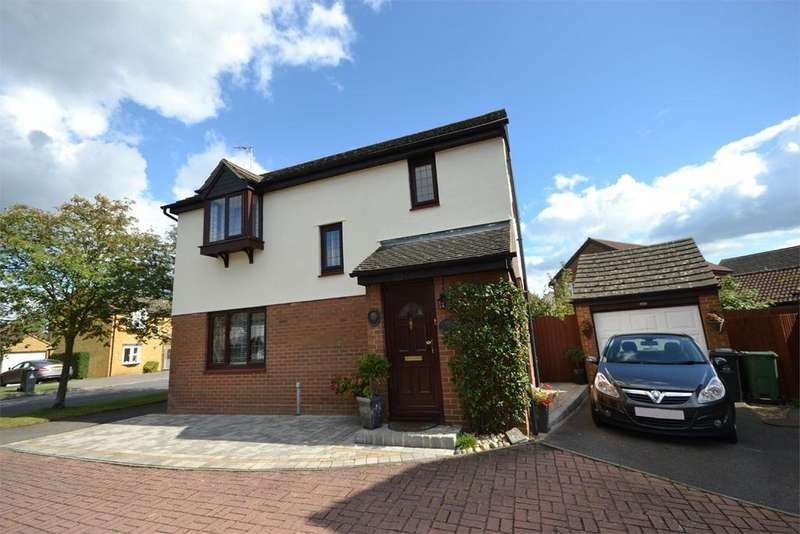 3 Bedrooms Detached House for sale in Lawling Avenue, Heybridge, Maldon, CM9
