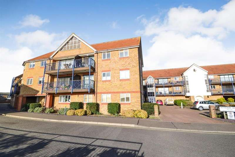 2 Bedrooms Apartment Flat for sale in Belvedere Road, Burnham-on-Crouch