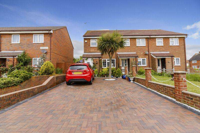 3 Bedrooms Terraced House for sale in Hurstfield, Lancing