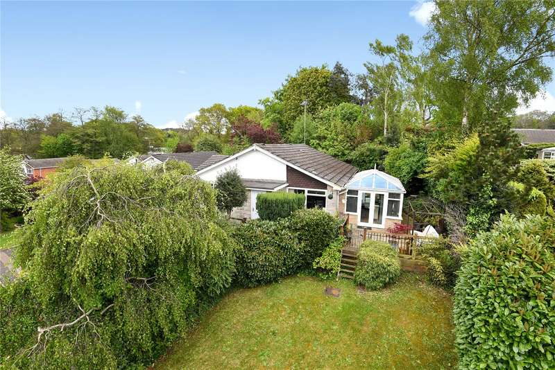 4 Bedrooms Detached House for sale in Alphington Avenue, Frimley, Camberley, Surrey, GU16