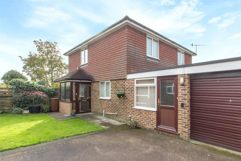 3 Bedrooms Detached House for sale in Roseacre, Hurst Green, Oxted, Surrey, RH8