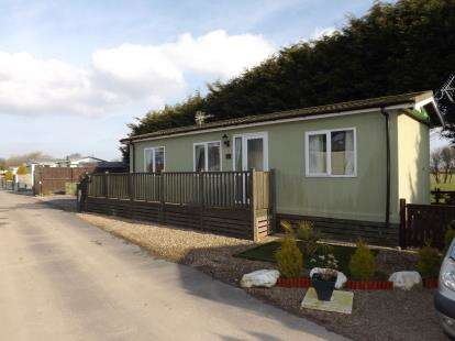 1 Bedroom Mobile Home for sale in The Fir Trees, Oxcliffe New Farm, Heaton With Oxcliffe, Morecambe, LA3