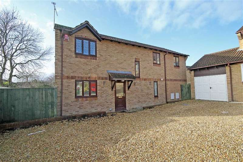 4 Bedrooms Detached House for sale in Fuller Close, Willowbrook, Wiltshire
