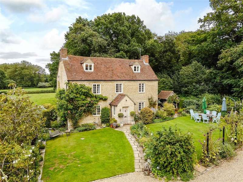4 Bedrooms Detached House for sale in Tiddington, Thame