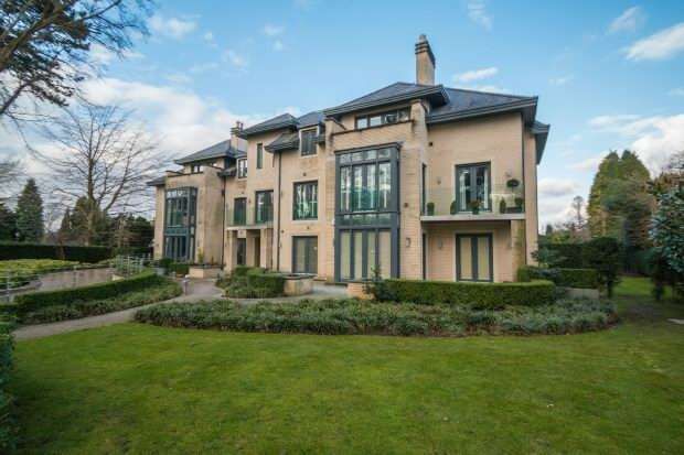 3 Bedrooms Apartment Flat for sale in The Residence, Hale Road/Delahays Drive, Hale