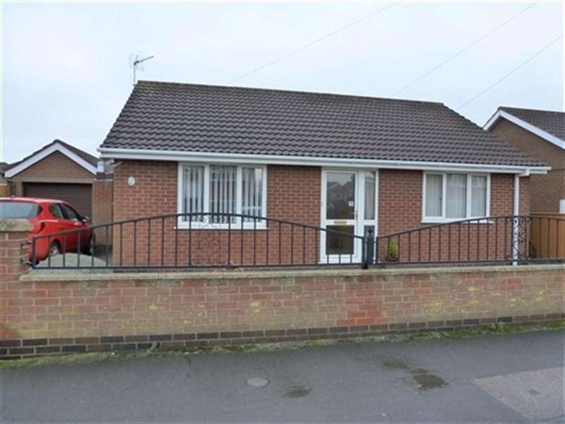 2 Bedrooms Bungalow for rent in Carrington Drive, Humberston, Humberston