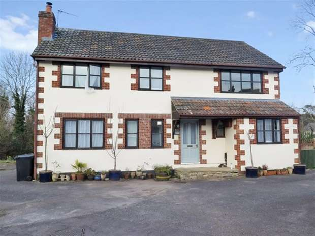 4 Bedrooms Flat for sale in Axe Road