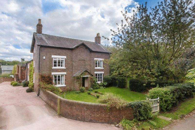 6 Bedrooms Detached House for sale in Mag Lane, High Legh