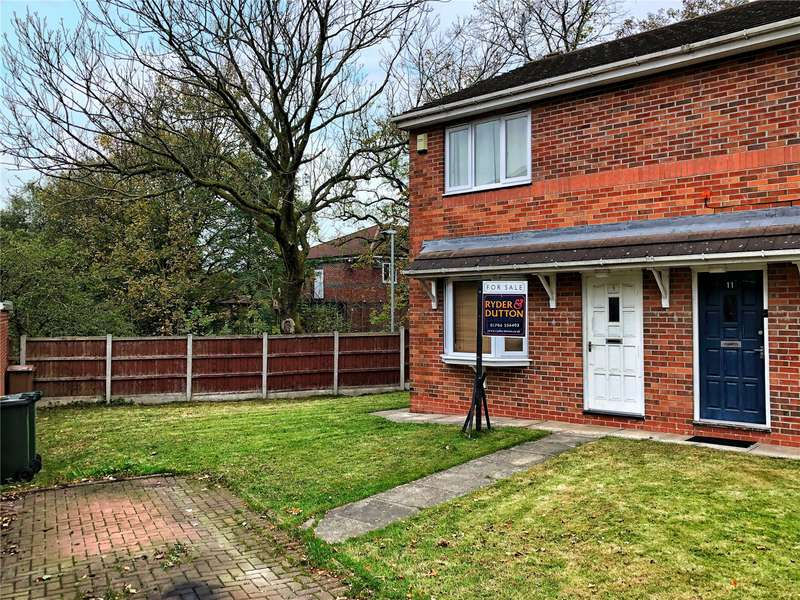 3 Bedrooms Semi Detached House for sale in Belfield Close, Rochdale, Greater Manchester, OL16