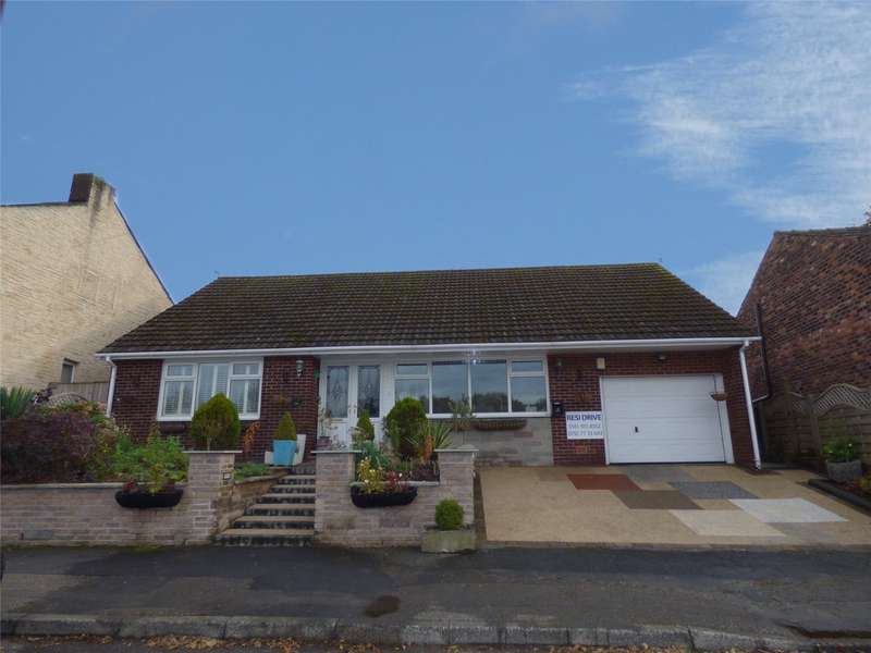 3 Bedrooms Detached Bungalow for sale in Heywood Old Road, Heywood, Lancashire, OL10