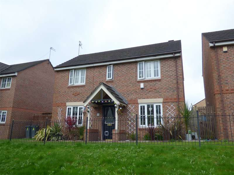3 Bedrooms Detached House for sale in Newcroft Drive, Blackley, Manchester, M9