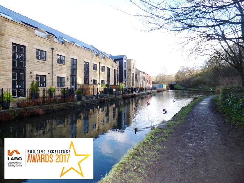 3 Bedrooms Apartment Flat for sale in Plot 9 Victoria Quay, Wool Road, Dobcross, Oldham, OL3