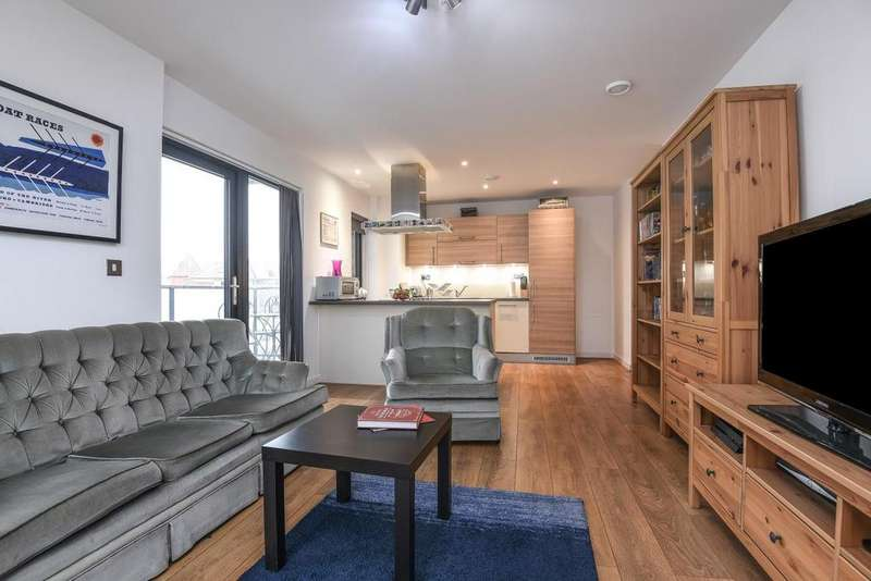 2 Bedrooms Flat for sale in Stainsby Road, Westferry