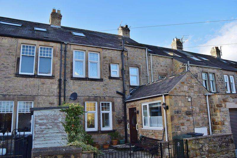 4 Bedrooms Terraced House for sale in Monks Terrace, Hexham