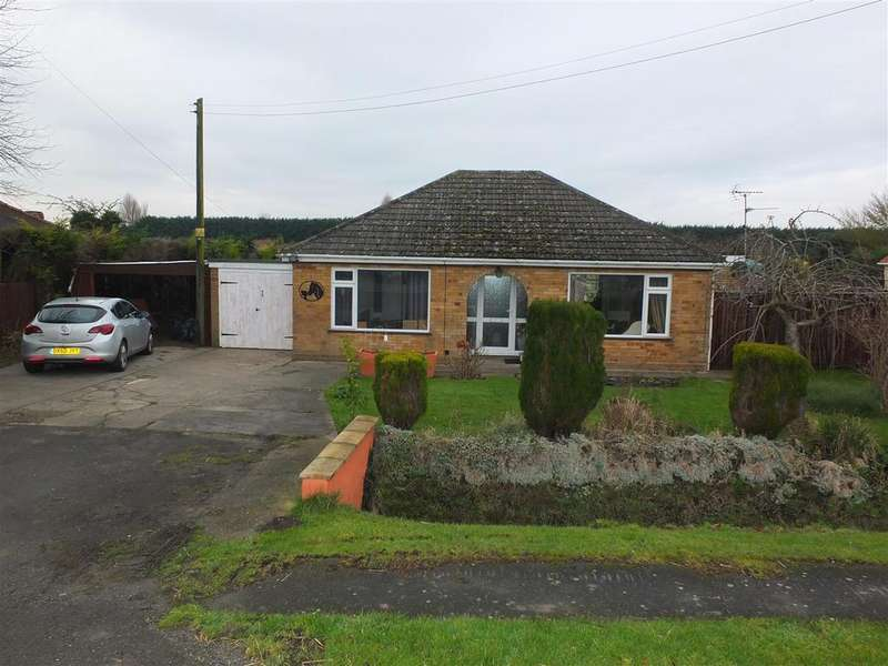 2 Bedrooms Detached Bungalow for sale in Wisbech Road, Long Sutton