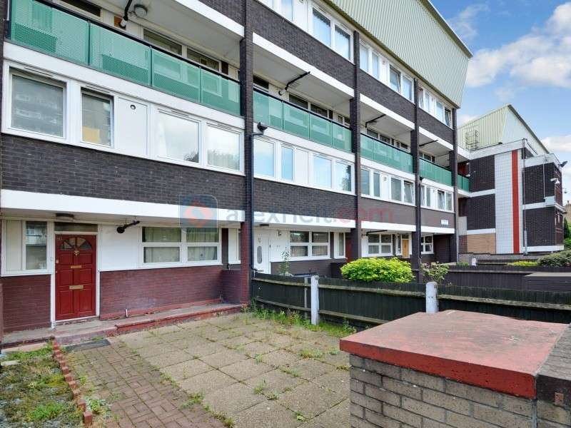 3 Bedrooms Flat for sale in Helena Road, Surrey Quays SE16