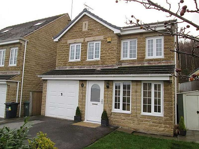4 Bedrooms Detached House for sale in Tithefields, Fenay Bridge, Huddersfield, West Yorkshire, HD8 0FX