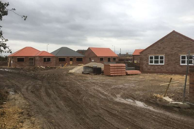 2 Bedrooms Detached Bungalow for sale in Jasmine Close, Howden, Goole, DN14