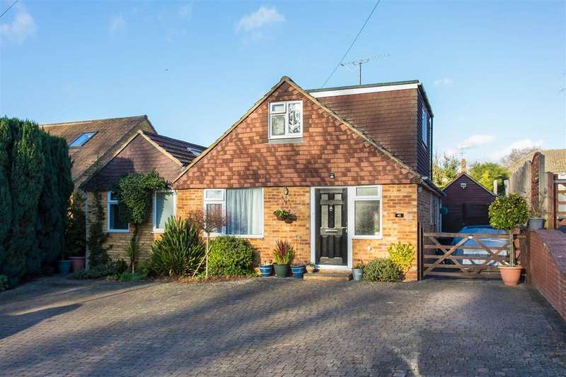 4 Bedrooms Chalet House for sale in Philip Drive, Flackwell Heath