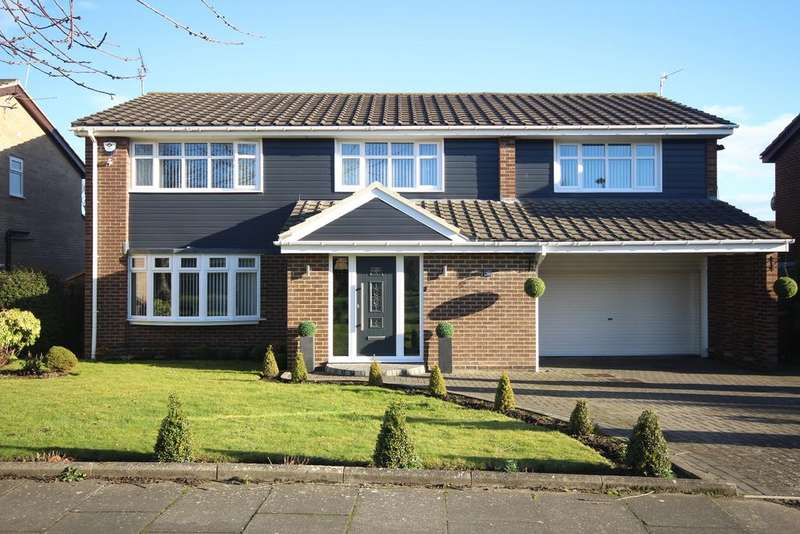 5 Bedrooms Detached House for sale in Earnshaw Way, Beaumont Park, Whitley Bay, NE25