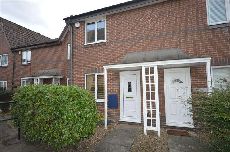2 Bedrooms Terraced House for sale in Penny Lane Way, Leeds