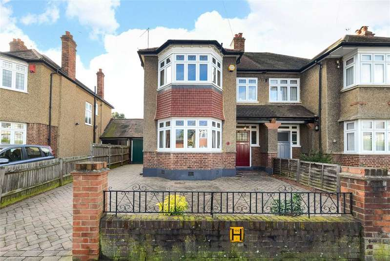 3 Bedrooms Semi Detached House for sale in Scutari Road, London, SE22