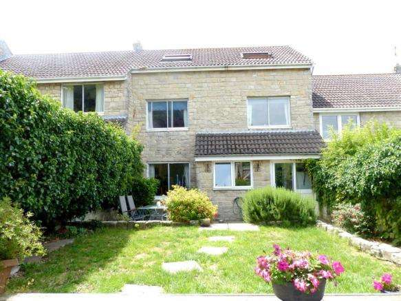 4 Bedrooms Property for sale in Mawdywalls, Weymouth, Dorset