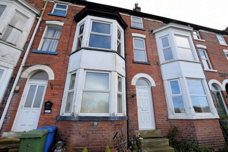 3 Bedrooms Terraced House for sale in West Terrace, Scarborough, North Yorkshire YO11 2LR