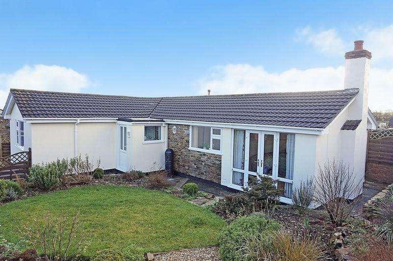 3 Bedrooms Detached Bungalow for sale in Trelawney Close, Warbstow, Launceston