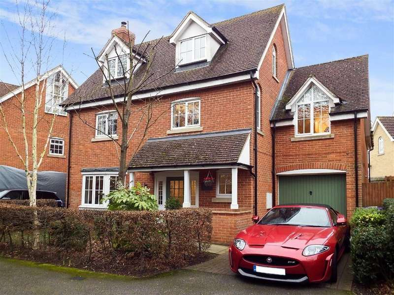 4 Bedrooms Detached House for sale in Cleveland Way, Stevenage, Hertfordshire, SG1