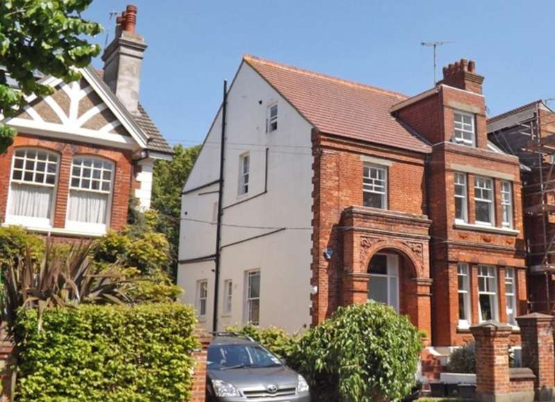 2 Bedrooms Flat for sale in Florence Road Brighton East Sussex BN1