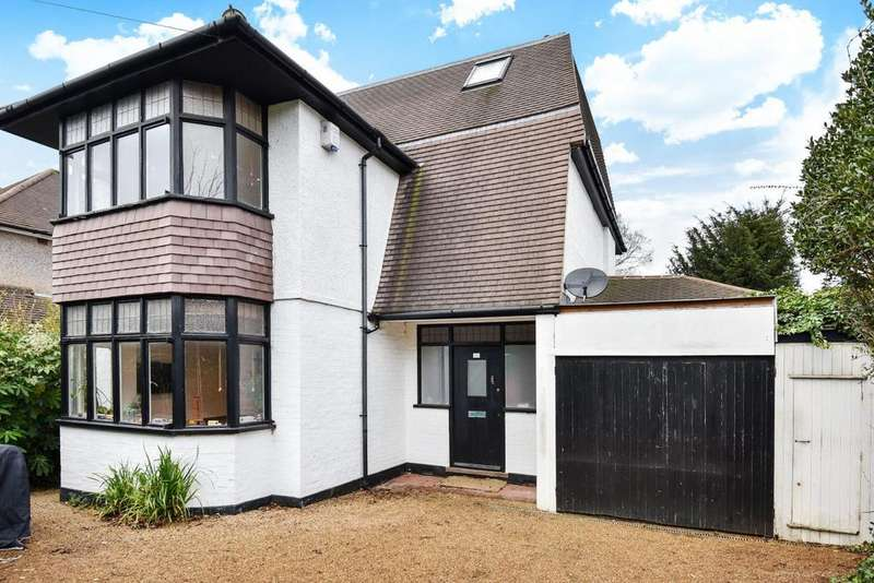 4 Bedrooms Detached House for sale in Brabourne Rise, Beckenham