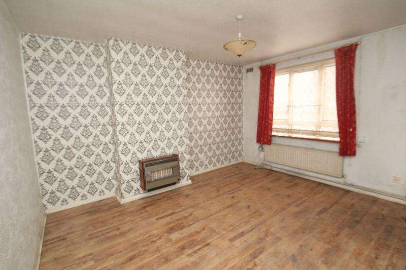 2 Bedrooms Semi Detached House for sale in Daventry Road, Rochdale OL11 2HZ