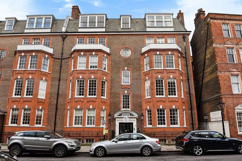 3 Bedrooms Flat for sale in Church Row, Hampstead Village, NW3