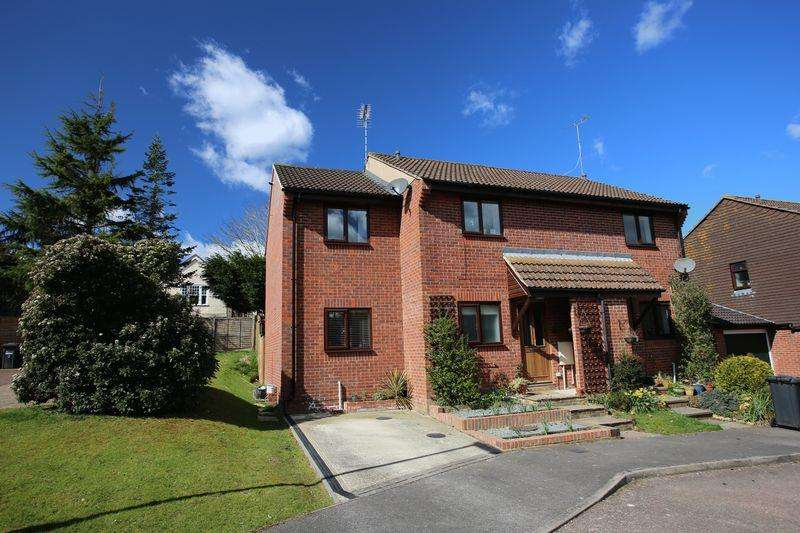 3 Bedrooms Semi Detached House for sale in Woodcroft, Burgess Hill