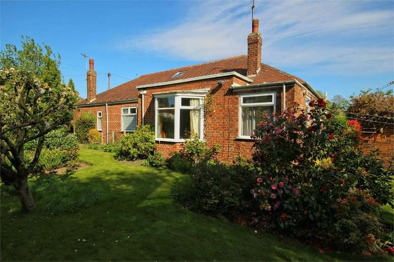 3 Bedrooms Detached Bungalow for sale in St Margarets Avenue, Cottingham, HU16