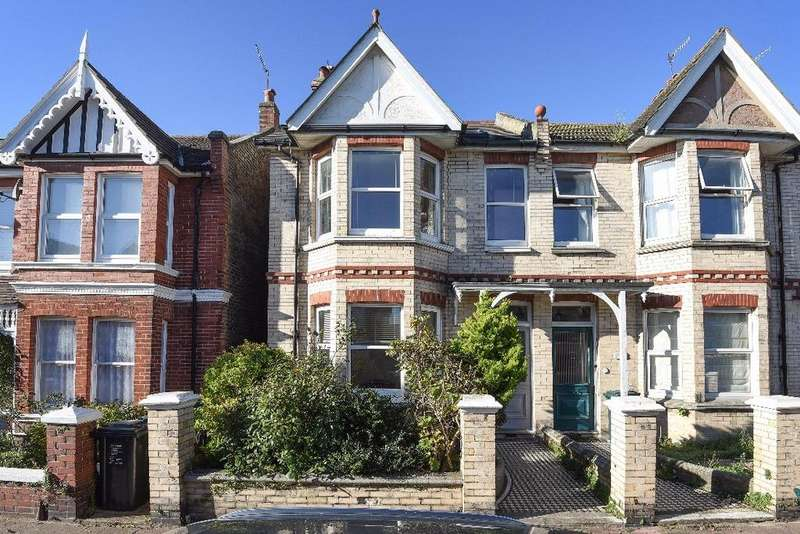 3 Bedrooms Semi Detached House for sale in Worcester Villas Hove East Sussex BN3