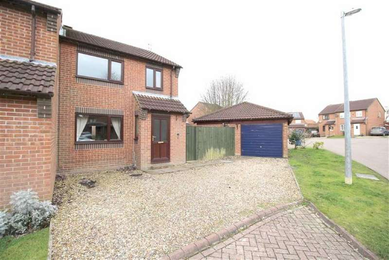 3 Bedrooms Semi Detached House for sale in Northfield Walk, Driffield, East Yorkshire