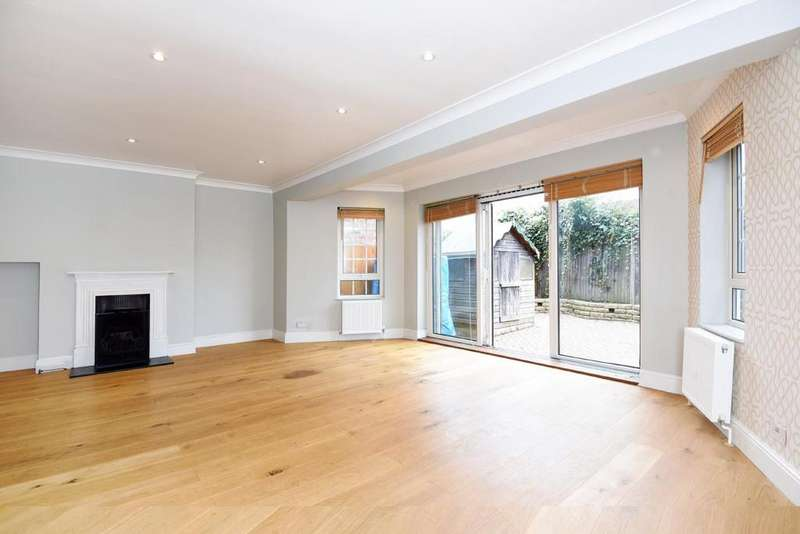4 Bedrooms Semi Detached House for sale in The Causeway, East Finchley