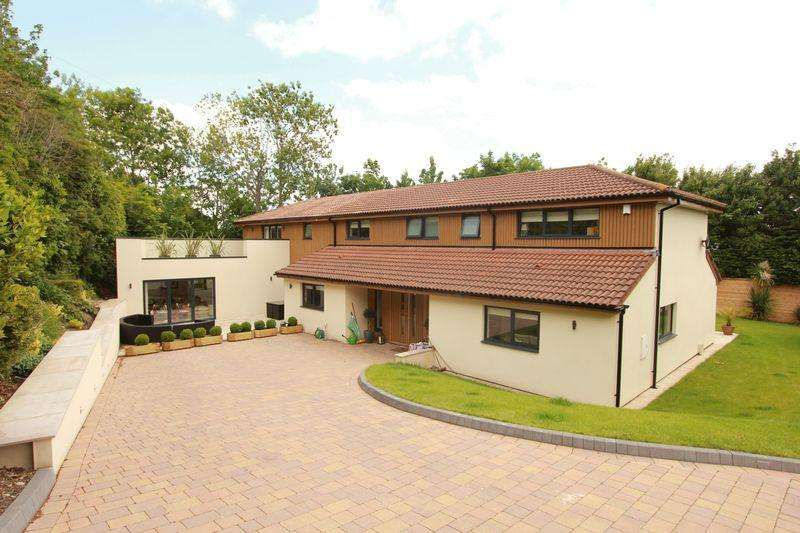 5 Bedrooms Detached House for sale in Old Barry Road, Penarth