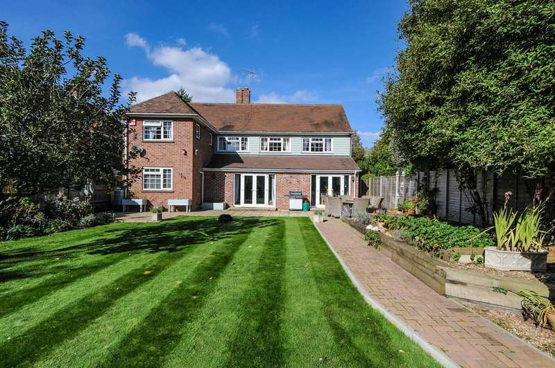 5 Bedrooms Detached House for sale in The Avenue, Chichester
