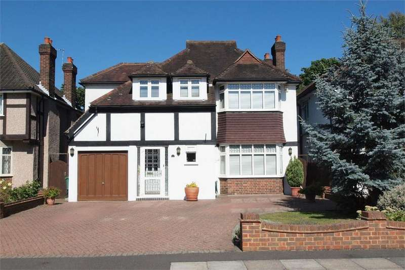 4 Bedrooms Detached House for sale in Malmains Way, Park Langley, Beckenham, Kent