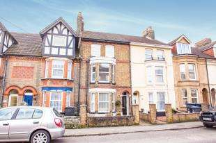 4 Bedrooms Terraced House for sale in Buckland Avenue, Dover, Kent