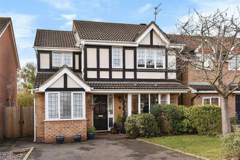 5 Bedrooms Detached House for sale in Abelia Close, West End, Woking, Surrey